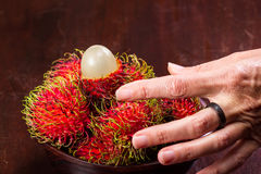 Rambutan en söt tropisk frukt Fotografering för Bildbyråer