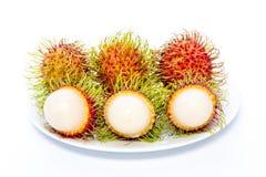 Rambutan isolato su priorità bassa bianca immagini stock libere da diritti