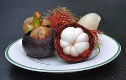 Rambutan und Mangostanfrucht Lizenzfreies Stockfoto