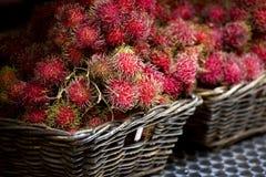 Rambutanfrucht (Nephelium lappaceum) stockbilder