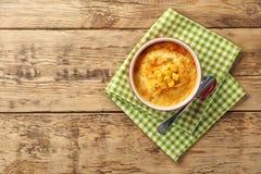 Ramekin z kukurydzanym puddingiem fotografia stock