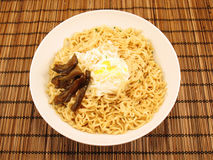Ramen Noodles w/ Egg & Pickles Royalty Free Stock Photography