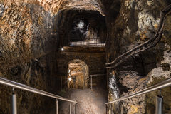 Ramenez à la grotte des fées Photographie stock