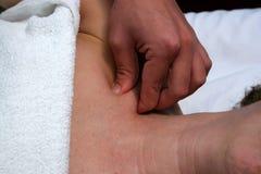 ramię masaż. Zdjęcie Royalty Free