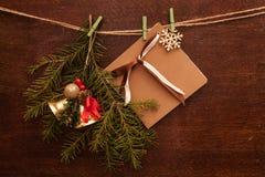 Rami e cartolina del pino Fotografia Stock