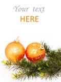 Ramificaciones del abeto y bolas de la Navidad Fotografía de archivo libre de regalías