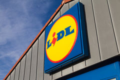 Ramifique da cadeia de supermercados de LIDL foto de stock