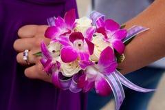 Ramillete púrpura y rosado del baile de fin de curso Fotos de archivo