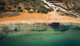 Ramla海湾, Gozo,从航空 图库摄影