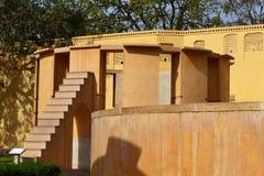 Ramma instrumentet på den astronomiska observatoriet Jaipur Rajasthan Indien royaltyfri bild