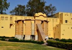 Ramma instrumentet på den astronomiska observatoriet Jaipur Rajasthan Indien royaltyfri fotografi