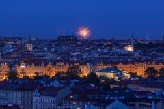 Rammstein-Feuerwerke auf Prag Stockbilder