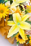 Ramo amarillo de la flor artificial Imagen de archivo libre de regalías