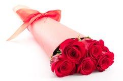 Ramo color de rosa del rojo Fotos de archivo