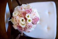 Ramo colorido de la boda hermosa para la novia Fotos de archivo