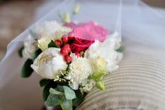 Ramo colorido de la boda hermosa para la novia Foto de archivo