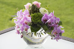 Ramo con las orquídeas y las rosas Imágenes de archivo libres de regalías