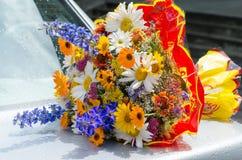Ramo de diversos wildflowers Foto de archivo