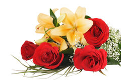 Ramo de flores del lirio y de las rosas Foto de archivo libre de regalías