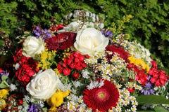Ramo de flores frescas del verano Foto de archivo