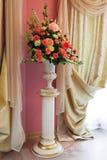 Ramo de flores hermosas imagen de archivo libre de regalías