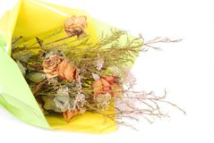 Ramo de flores marchitadas Fotos de archivo libres de regalías
