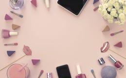 Ramo de la bandera de perfume de la tableta del regalo del teléfono de los accesorios de los cosméticos del crisantemo en fondo r Fotografía de archivo