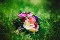 Ramo de la boda con las flores fotografía de archivo