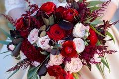 Ramo de la boda de flores imagen de archivo