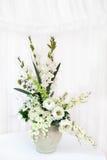 Ramo de la flor blanca Fotos de archivo