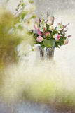 Ramo de la flor de la rosa del rosa Imagen de archivo