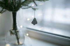 Ramo de la Navidad con el juguete de la arcilla Fotos de archivo libres de regalías