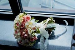 Ramo de la novia en rosa El casarse floristry Fotografía de archivo libre de regalías