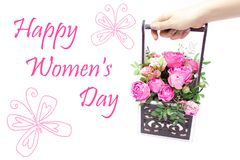 Ramo de las flores en una caja, Booker de las rosas para el día de madre Rose en una caja de regalo Flores el 8 de marzo Día feli fotos de archivo libres de regalías