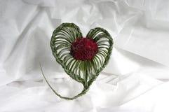 Ramo de rosas bajo la forma de corazón Fotografía de archivo libre de regalías