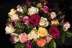 Ramo de rosas multicoloras Imágenes de archivo libres de regalías