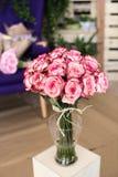 Ramo de rosas rosadas Fotografía de archivo