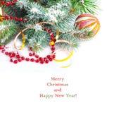 Ramo dell'albero di Natale con la serpentina dell'oro Immagini Stock Libere da Diritti