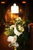 Ramo floral Wedding dentro de la iglesia Imagen de archivo