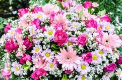 Ramo hermoso de flores para la ceremonia de boda Fotos de archivo libres de regalías