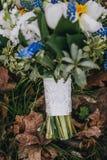 Ramo hermoso de la boda de diversa flor blanca, azul, verde Imágenes de archivo libres de regalías