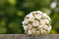 Ramo hermoso de la boda de la novia Fotografía de archivo