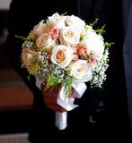 Ramo hermoso de la boda de rosas blancas Imagenes de archivo