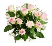 Ramo hermoso de las rosas blancas y de las flores del gypsophila Foto de archivo libre de regalías