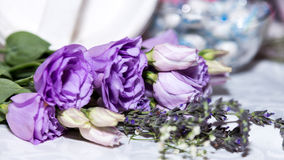 Ramo púrpura de Rose Imagen de archivo libre de regalías