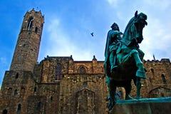 Ramon Berenguer III standbeeld, Telling van Barcelona stock fotografie