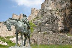 Ramon Cabrera Equestrian Statue - Morella - Espanha fotos de stock royalty free