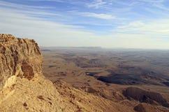 Ramon krater i den Negev öknen Royaltyfri Fotografi
