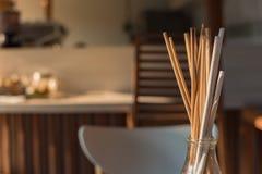 Ramoscelli secchi per la decorazione del caffè Fuoco selettivo Fotografia Stock Libera da Diritti