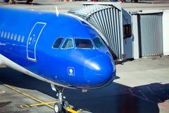 Rampa a acepillar en el aeropuerto Fotografía de archivo libre de regalías